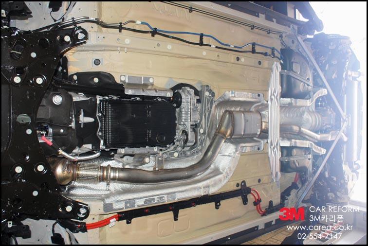 BMW X4 20i Undercoating (2).jpg